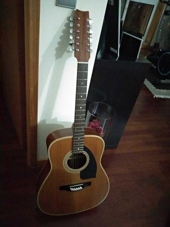 Guitarra de 12 cordas, com saco, em muito bom estado