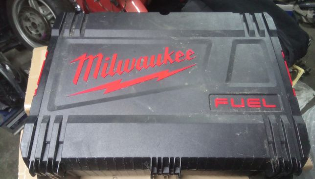 milwaukee walizka skrzynka systemowa box m18 fmtiwf12