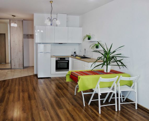 Mieszkanie z widokiem, czynsz wliczony w cenę, przy lasku