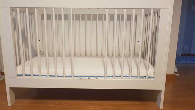 Łóżeczko Pinio Basic białe 120x60 z materacem