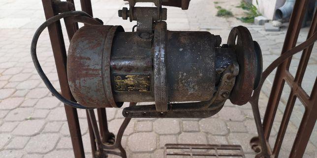 Silnik elektryczny siłowy