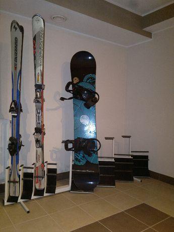 Stojak na 4 pary nart i 3 deski snowboardowe