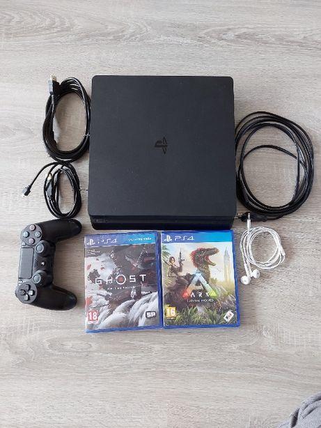 PlayStation 4 Slim + 2 gry