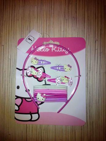 C&A komplet KOTEK Hello Kitty gumki opaska spinki do włosów 13 szt