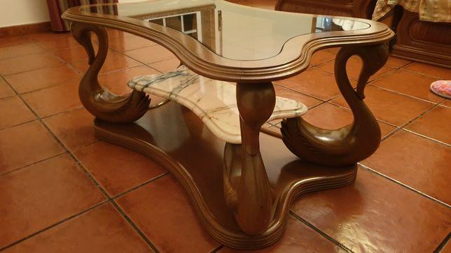 Mesa de centro vidro e mármore