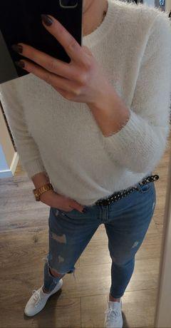 Biały sweterek damski M