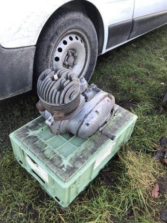 Jawa 250 silnik