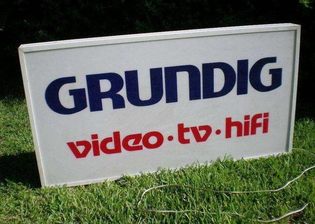 Reclamo publicitário luminoso Grundig máquinas TV vídeo HI FI