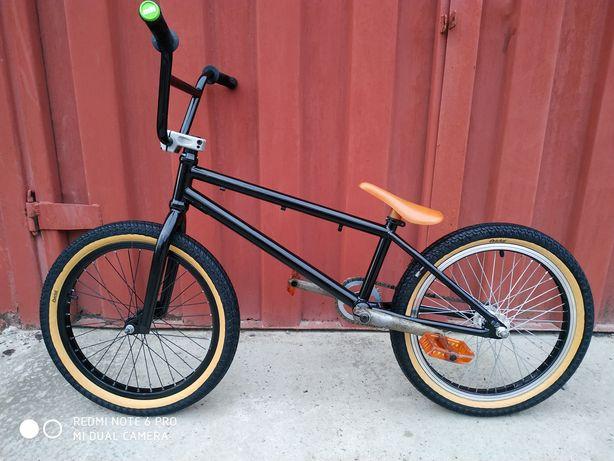 Велосипед .Вмх custom