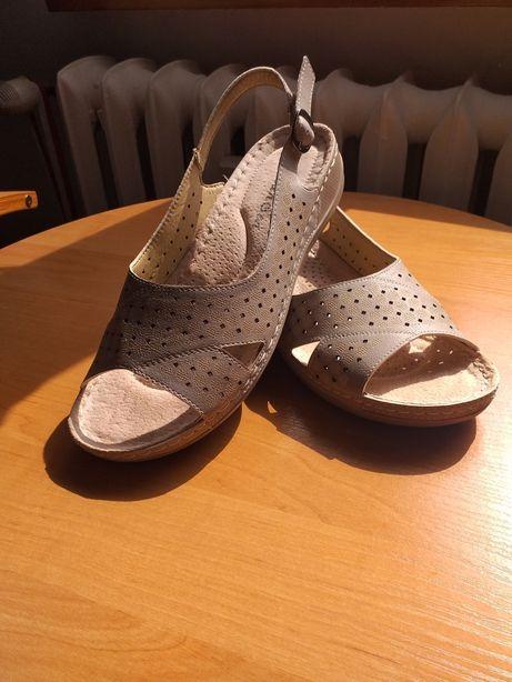 Sandały damskie 41