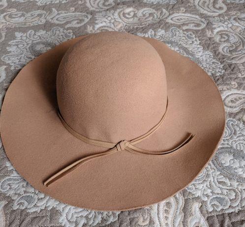 Фетровая шляпа Шляпка