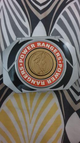 Power ranger escudo