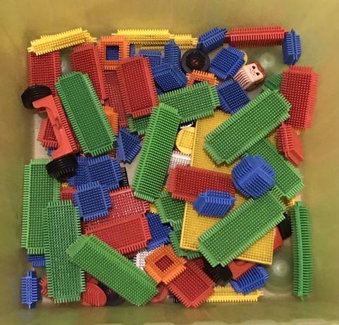 Klocki konstrukcyjne jeżyki - Britsle Blocks