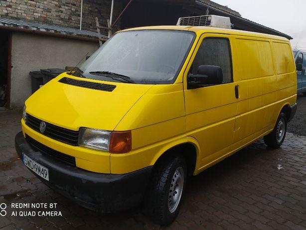 Volkswagen Transporter 1,9 TD Izoterma**Vw T4