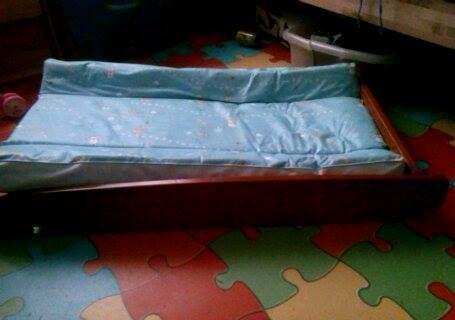 Muda fraldas + colchão