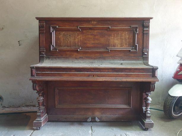 Pianino L.Isermann Hamburg (możliwy dowóz z wniesieniem)