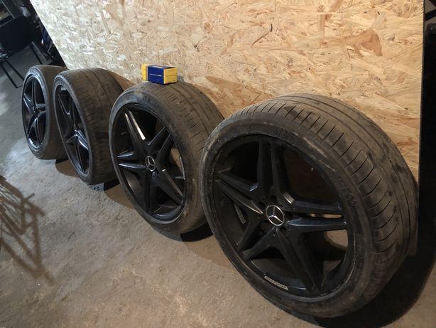 Диски с шинами на Mercedes r20 AMG 20:8.5J ET35,шины 285/35-40
