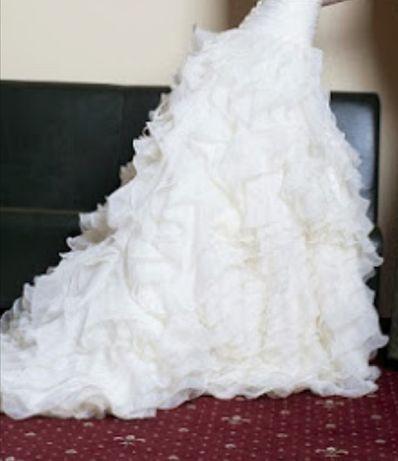 Весільна сукня. Шикарна ручна робота