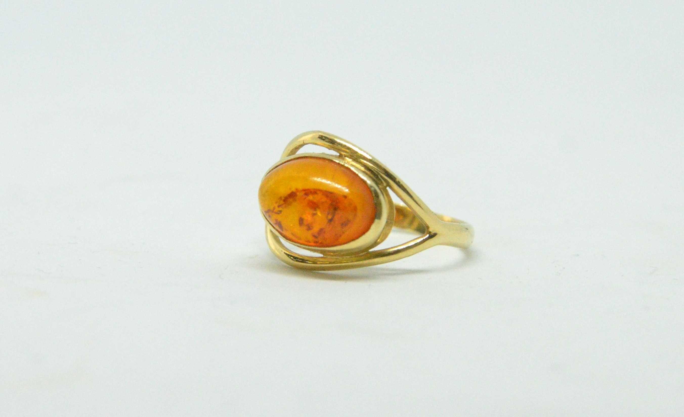 Złoty pierścionek 585 waga 2,47g Rozm. 15 Lombard Tarnów