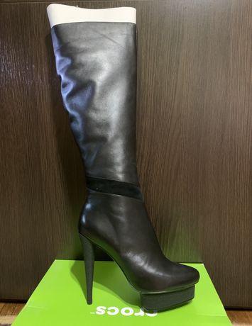 Женские кожаные высокие сапоги Braska новые 40размер