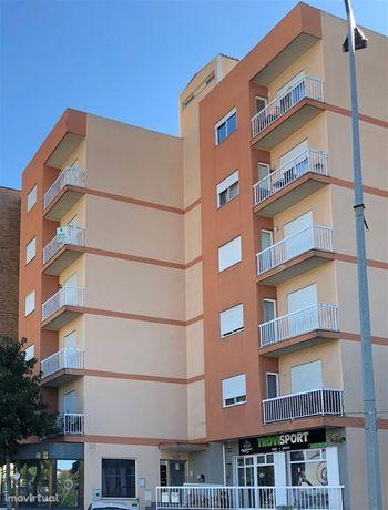 Apartamento T4 Venda em Macedo de Cavaleiros,Macedo de Cavaleiros