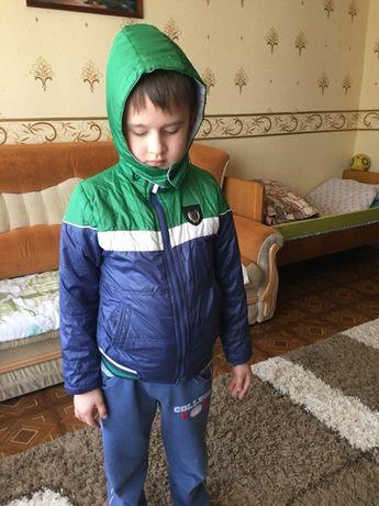 Курточка демисезонная 100-120 рост, мальчик