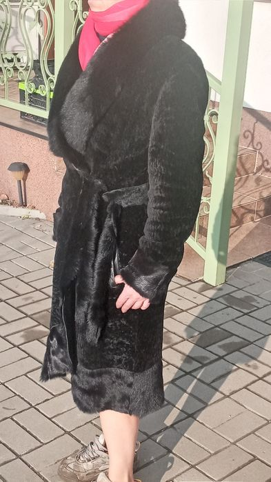 Продам шубу натуральну з мутона. Днепр - изображение 1