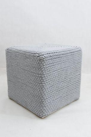 Kwadratowa pufa ze sznurka bawełnianego – jasnoszary rękodzieło