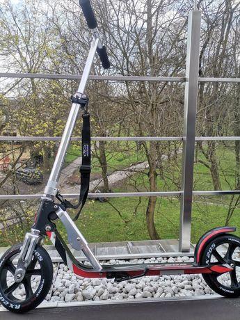 Hulajnoga Hudora Bigg Wheel 205 RX Pro czarno czerwona