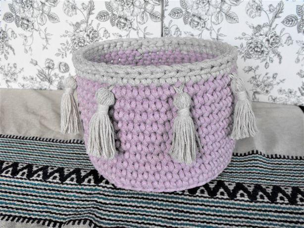 koszyk ze sznurka sznurkowy szydełkowy pojemnik boho frędzle chwosty