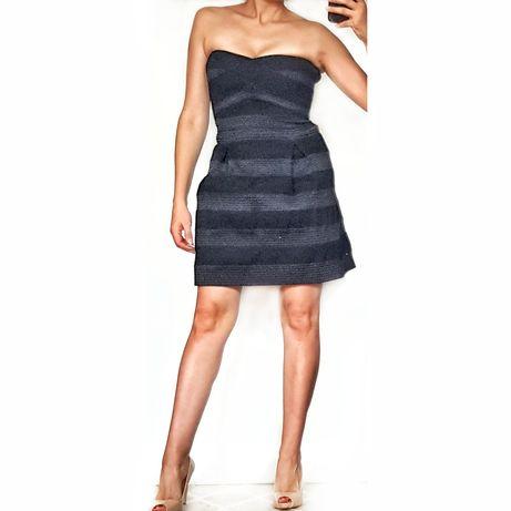Sukienka czarna bandażowa YAS, r. L, rozkloszowana, usztywniana