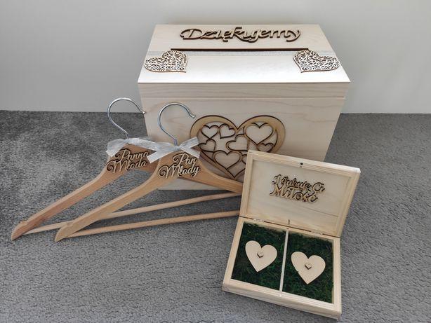 Zestaw ślubny pudełko na koperty i obrączki oraz Wieszaki para młoda