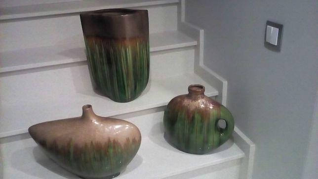 3 peças decorativas muito elegantes, em loiça vidrada