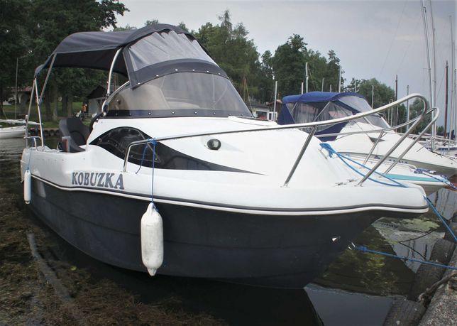 Wynajem szybkiej łodzi Motorówki Czarter Mazury Giżycko Motorówka WJM