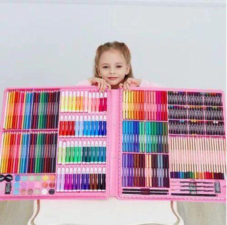 Самый большой художественный детский набор для рисования