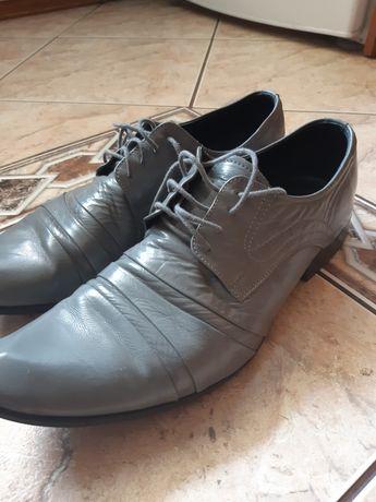 Buty lakierki rozm 45, 1 raz założone