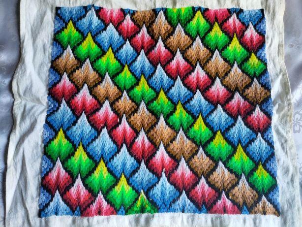 Разноцветная вышивка гладью (на подушку) різнобарвна вишивка гладдю
