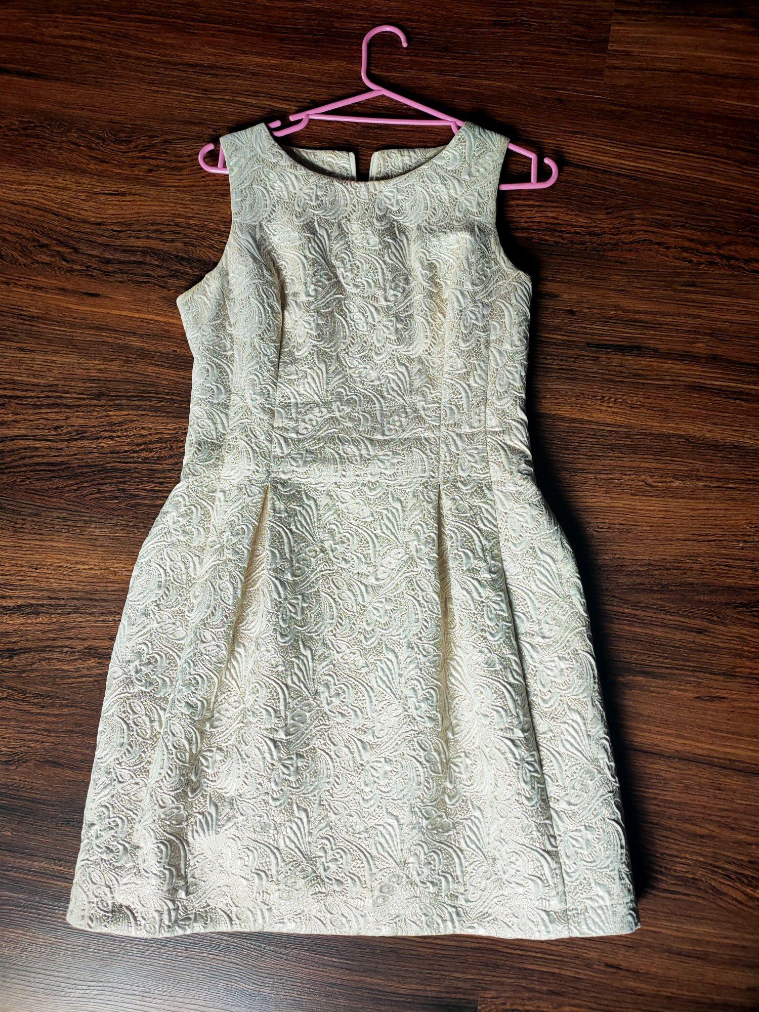 Złota sukienka ( bombka)