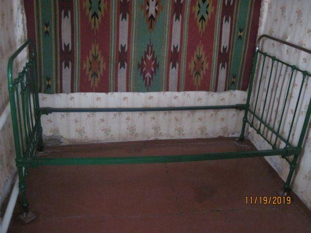 Кровать стальная
