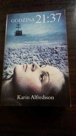 Godzina 21:37    Karin Alfredsson