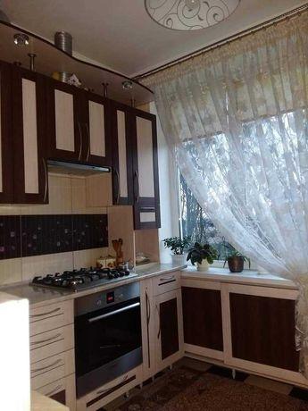 Продам 2-х кімнатну квартиру м. Червоноград