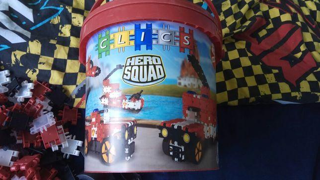 Klocki clics hero squad duże