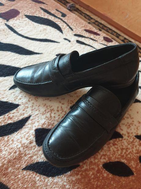 Кожаные туфли на мальчика 30р.