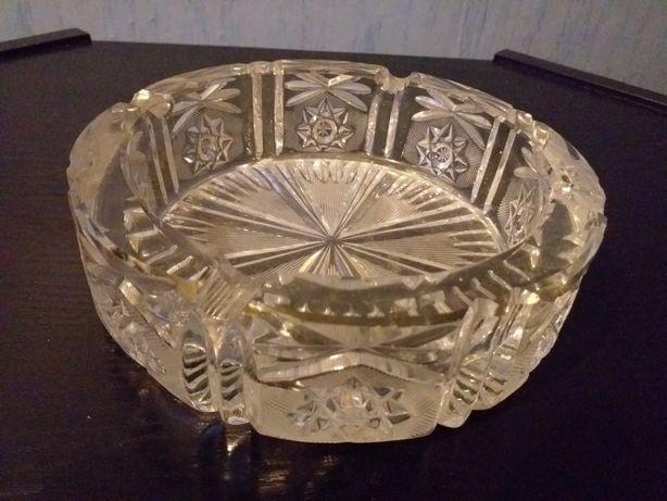 Piękne duża popielnica PRL krysztal