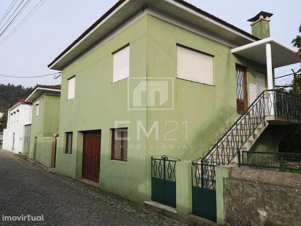 Moradia 6 quartos com terreno em Santo Tirso a 20 minutos do Porto
