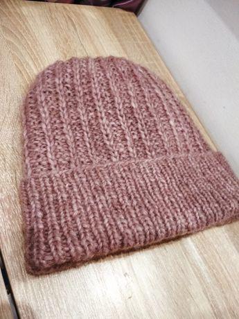 Продам женскую шапку