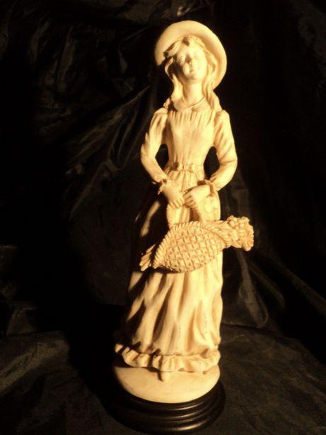 Статуэтка фарфоровая 27см из Франции антиквариат бисквит старина керам