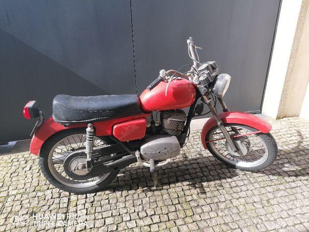 Jawa/CZ 175, 477 para restaurar