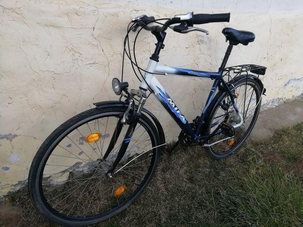 Trekkingowy męski rower Mifa 28'