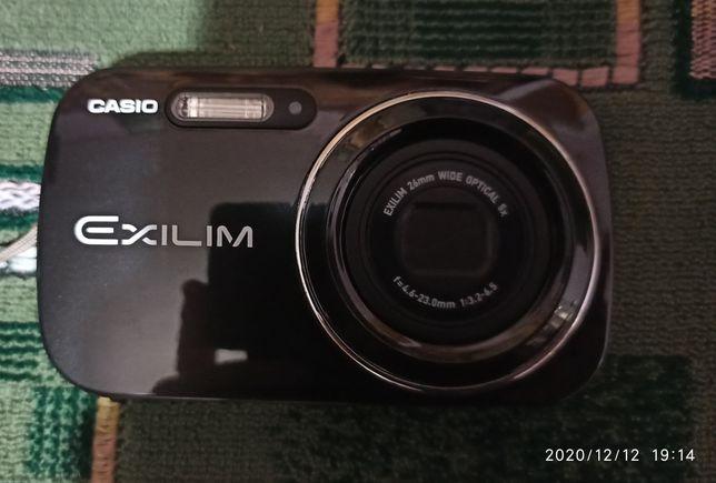 Продам цифровой фотоаппарат в отличном состояние
